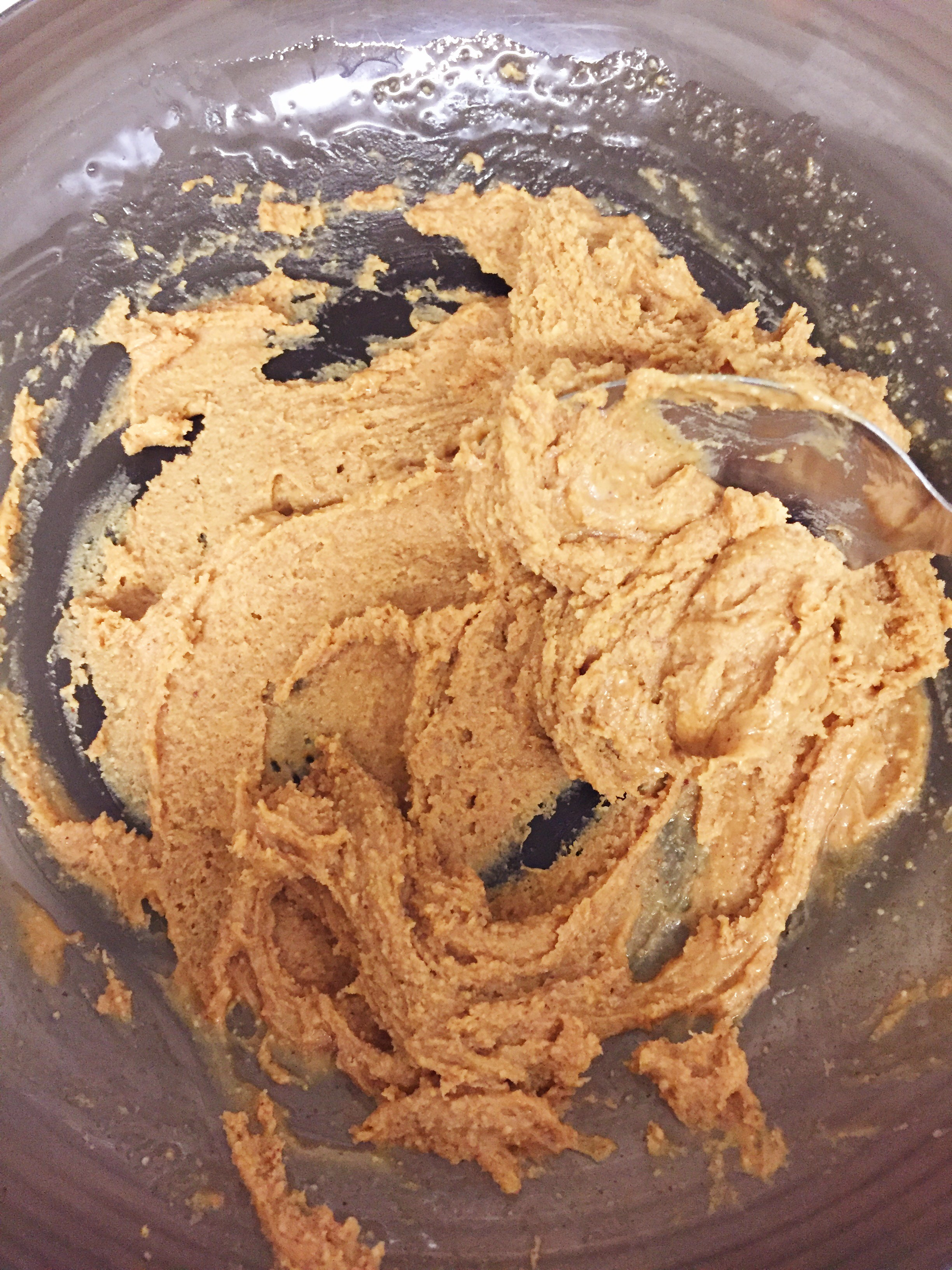 Peanut butter and honey mixture